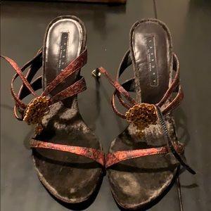 Laundry by Shelli Segal gold rhinestone shoes